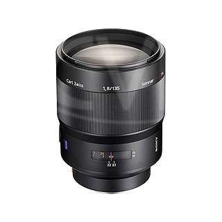 Sony SAL-135F18Z (SAL135F18Z) 135mm F1.8 ZA SSM Sonnar T* A-mount Digital Camera Lens (by Carl Zeiss)