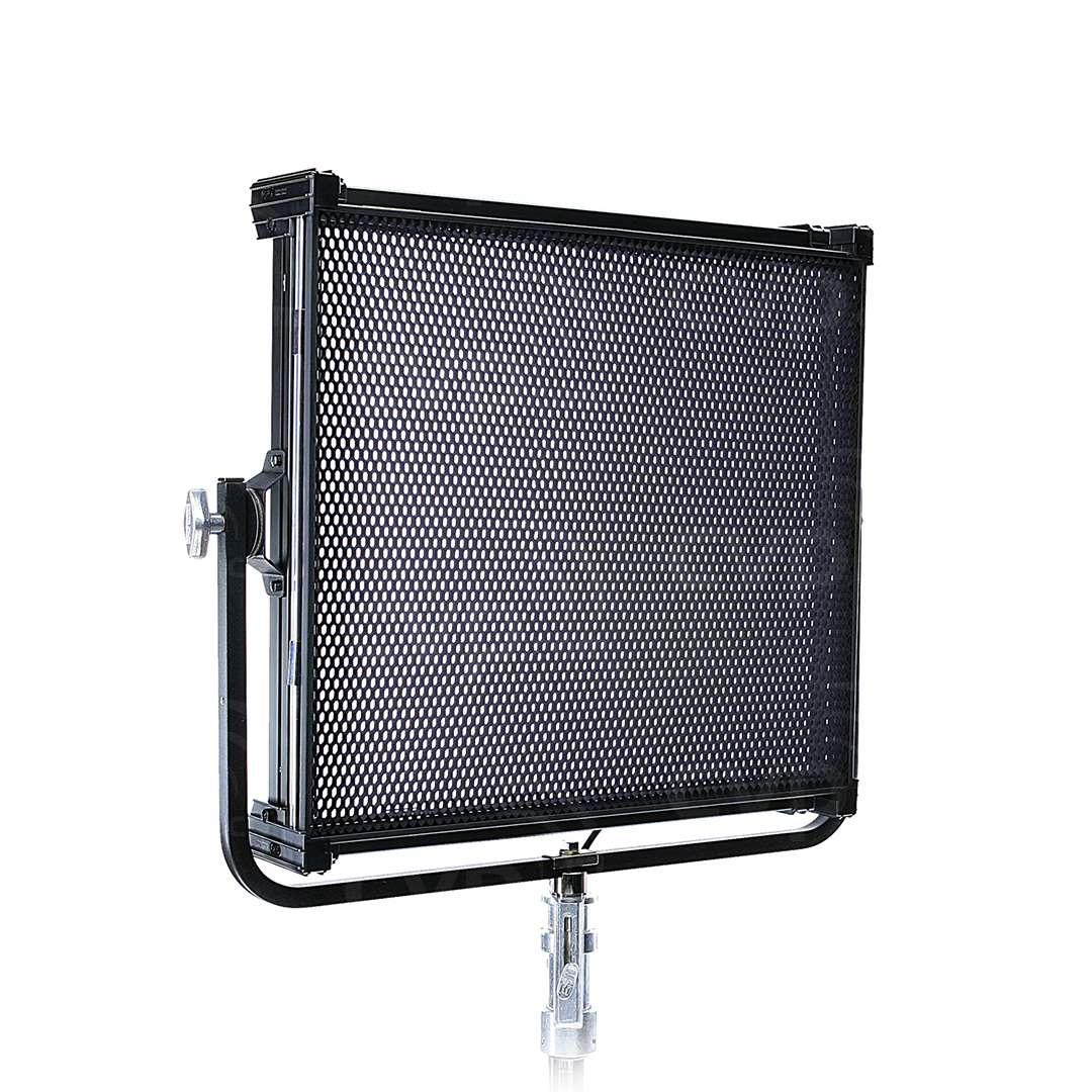 Kino-Flo CEL-401Q-230U Celeb 400Q DMX LED Soft Light - Yoke