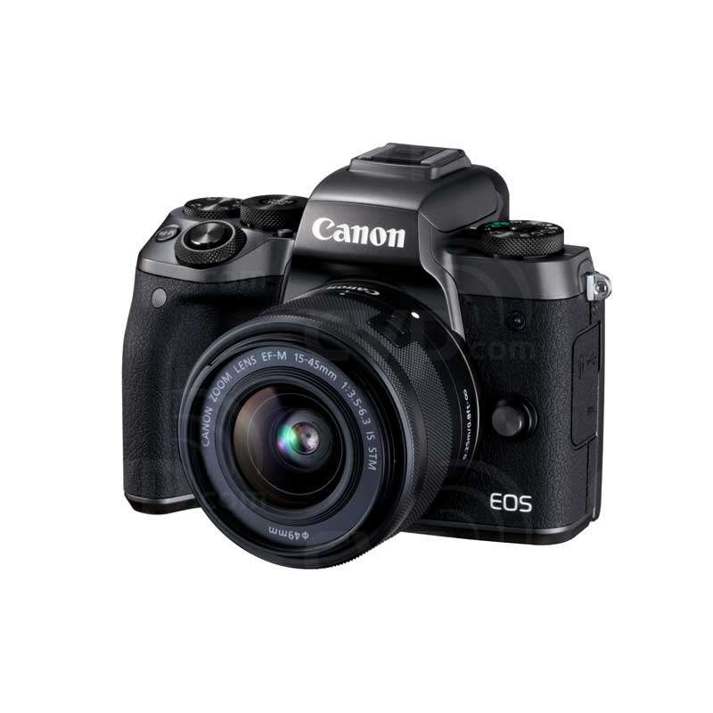 EOS M5 with 15-45mm Lens