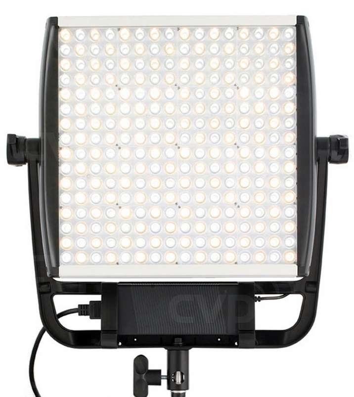 Astra 1x1 Daylight LED Light