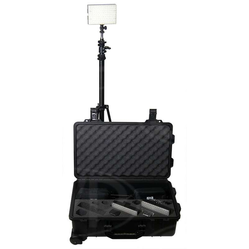 Datavision DVS-LEDGO-RK (DVSLEDGORK) LEDGO-RK 3 Light Reporter Kit includes B150 Lights (x3), Stands (x3) and Carrying Case