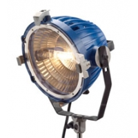 ARRI L3.36500.B (L3365000) Arrilite 2000 Plus Lamphead with Bare Ends, includes 4-leaf Barndoor, Cable and Switch (Excludes Plug and Bulb)