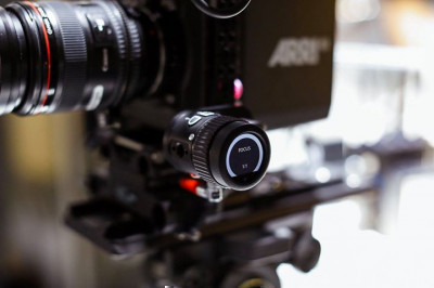 The ARRI OCU-1 may look like a mini master grip but it was initially designed to enable camera operators to ...